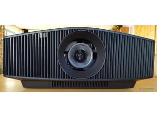 High End 4K Laser Projektor Sony VPL-VW760ES
