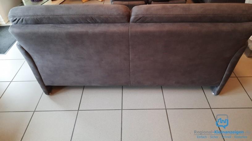 sofa-2-sitzig-und-2-hocker-neuwertig-trosser-big-2